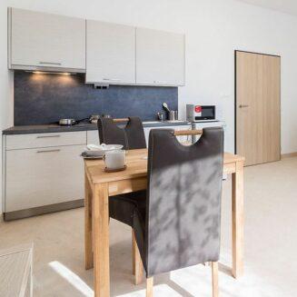 Ukázkové uspořádání nábytku v bytu